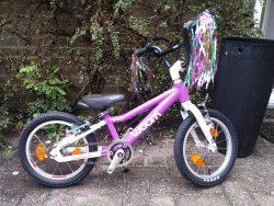 Woom vélos chez Stip-kinderfietsen, Vélos légers pour enfants