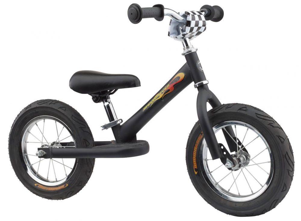 Trybike loopfiets bij Stip-kinderfietsen, staal 5.2 kg, lichtgewicht kinderfiets bij stipkinderfietsen, magasin de vélo pour enfants, kinderfietsenwinkel, Fahrradladen für Kinder