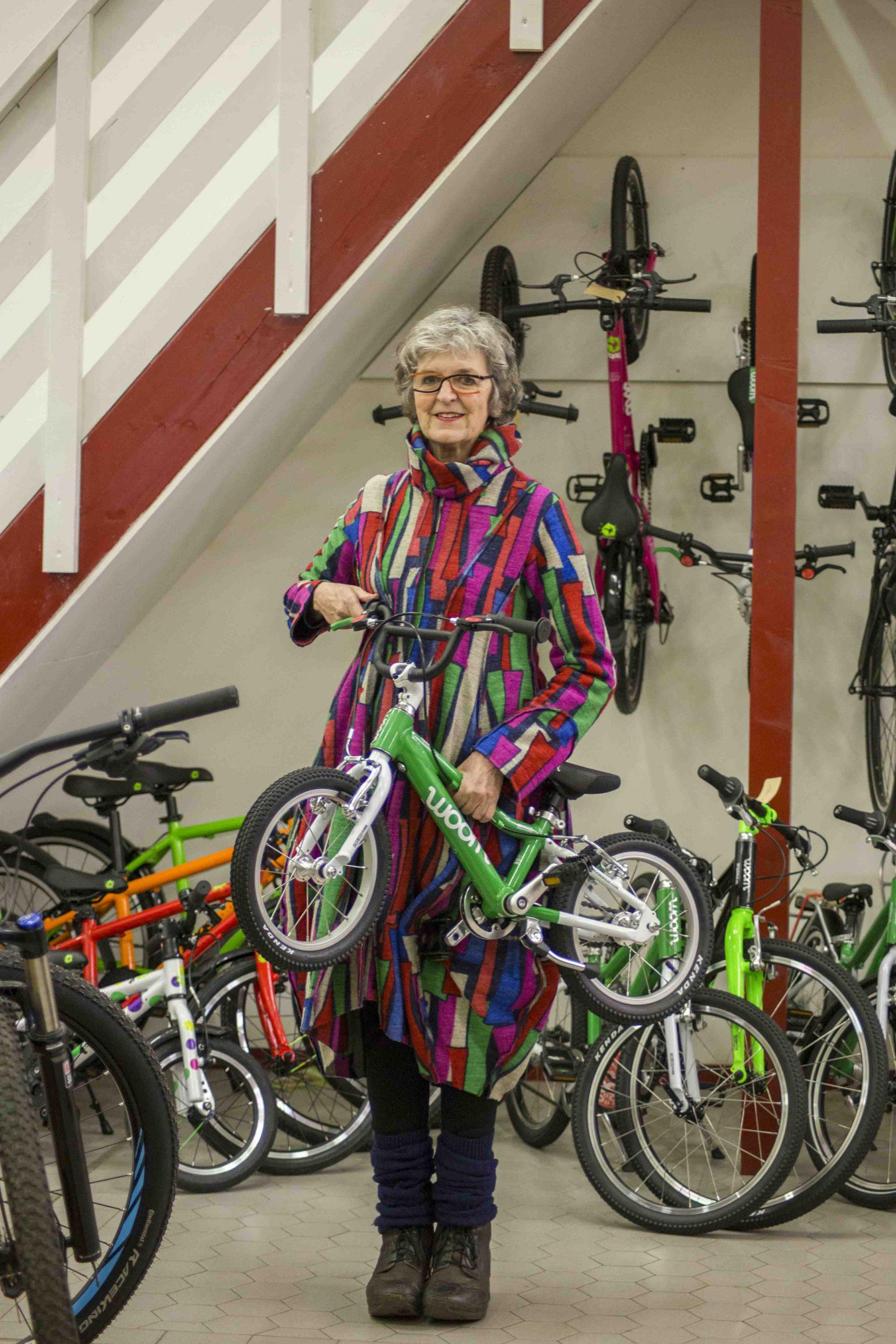 Cornélie Metselaar, eigenaar Stip-kinderfietsen, Woom bij Stip-kinderfietsen, magasin de vélo pour enfants, kinderfietsenwinkel, Fahrradladen für Kinder, woom fiets, Woombike bij Stip-kinderfietsn in Nijmegen