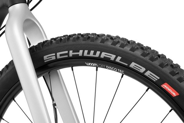 w6_OFF_tires_full