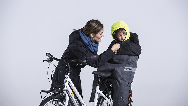 The best warm children's bike clothing. The best winter children's bike clothing.